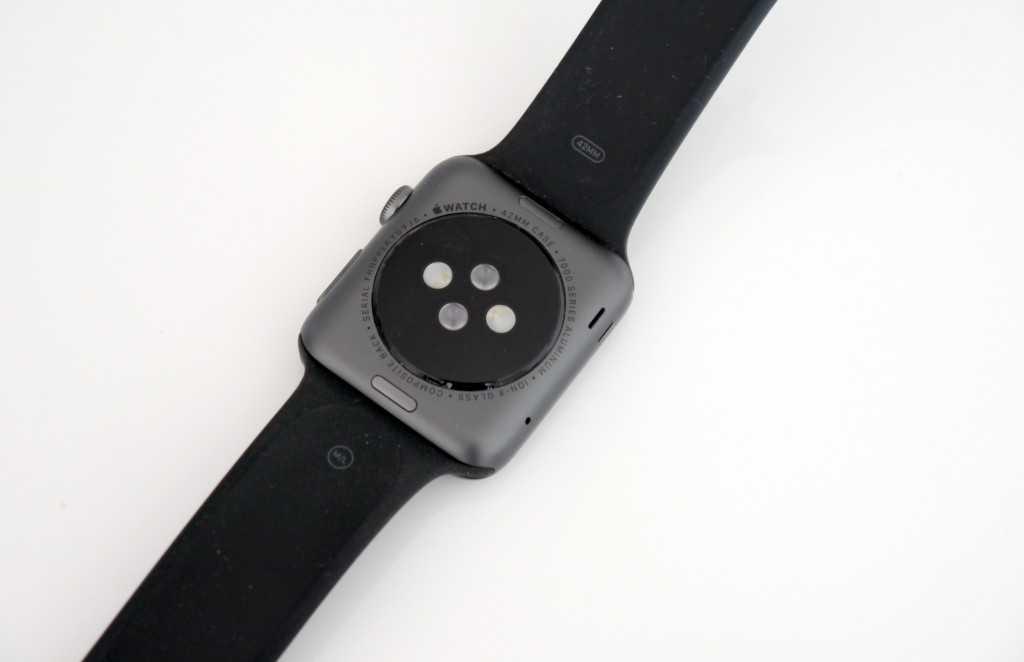 L'Apple Watch est capable de suivre votre rythme cardiaque.