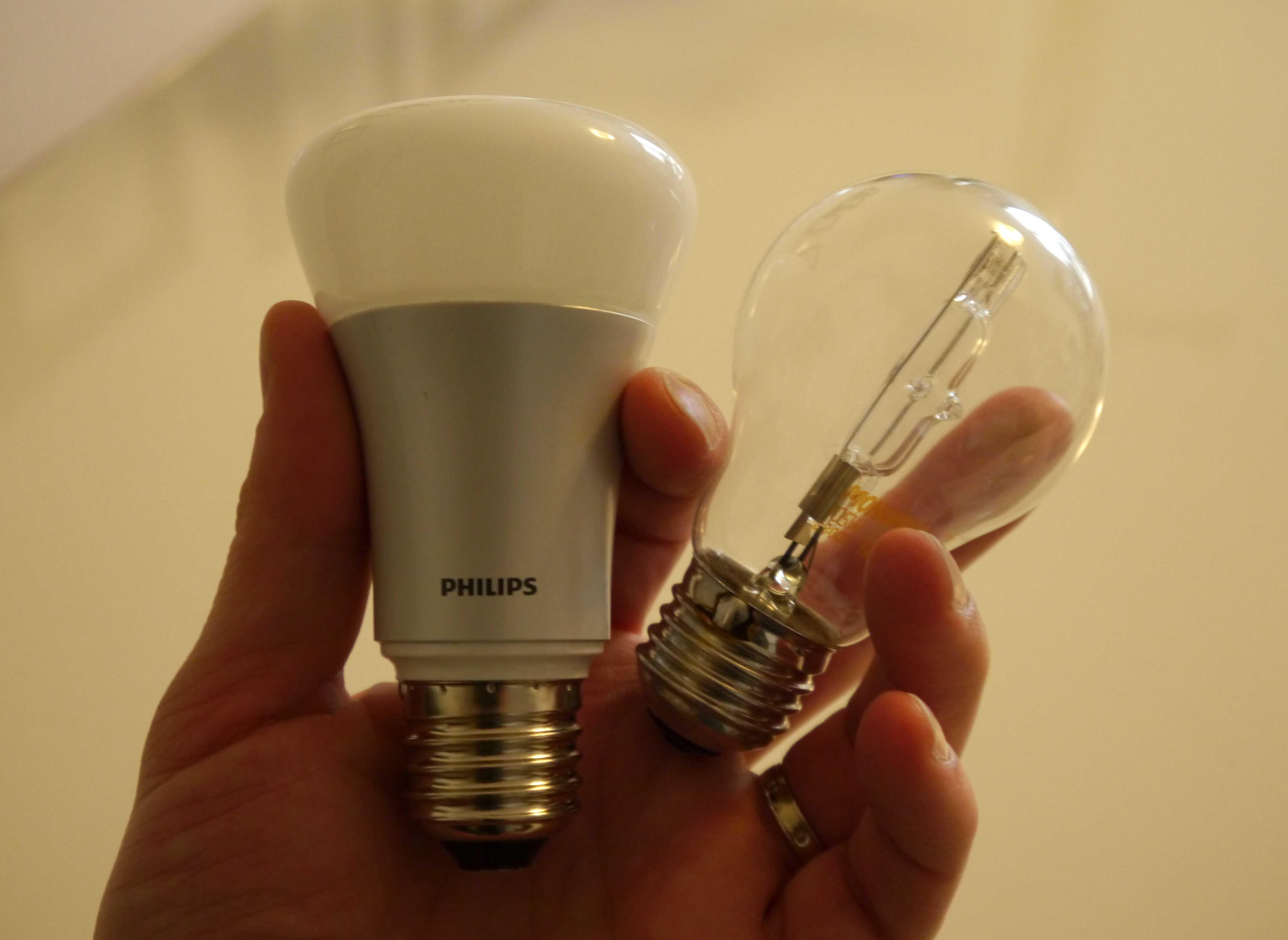 Test de l 39 ampoule connect e philips hue starter kit - Ampoule connectee philips ...