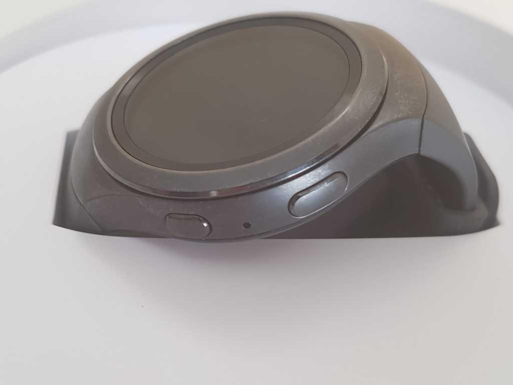 boutons de la montre connectée