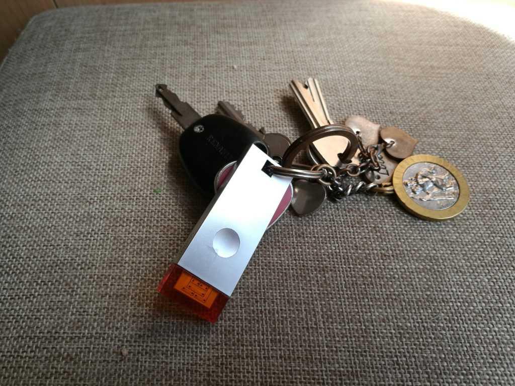 Wistiki Voilà attaché à des clés