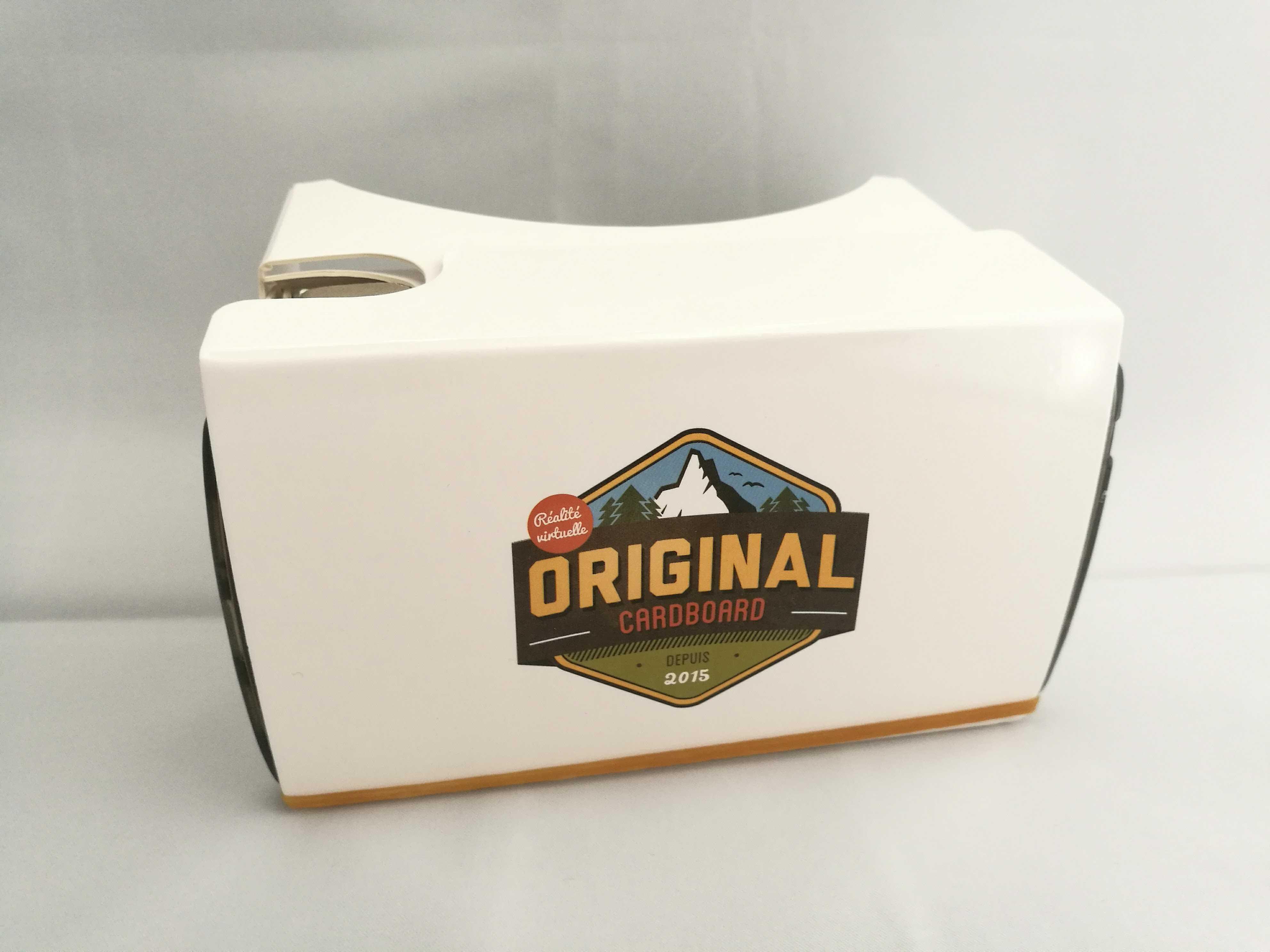 Le Cardboard prêt à vous faire voyager dans la réalité virtuelle !