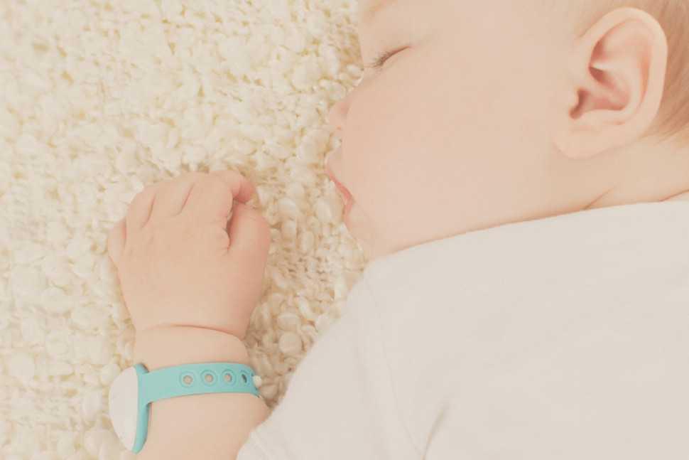 neebo bracelet connecté bébé