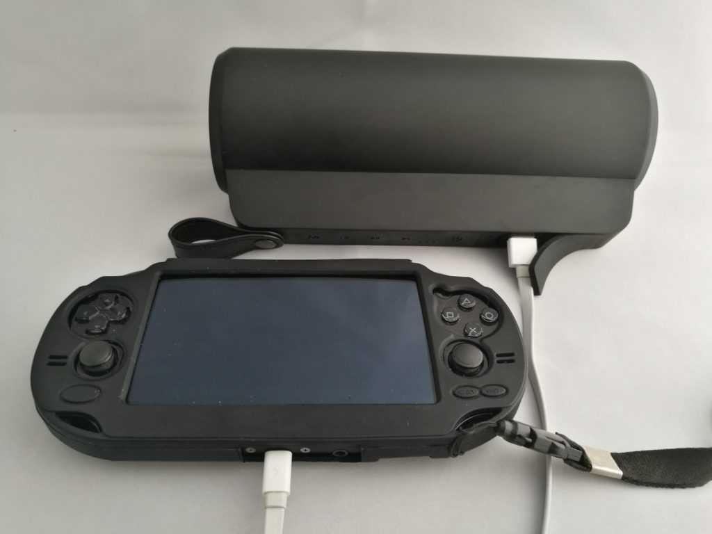 L'enceinte Aptoyu permet aussi de recharger un appareil pendant l'écoute.