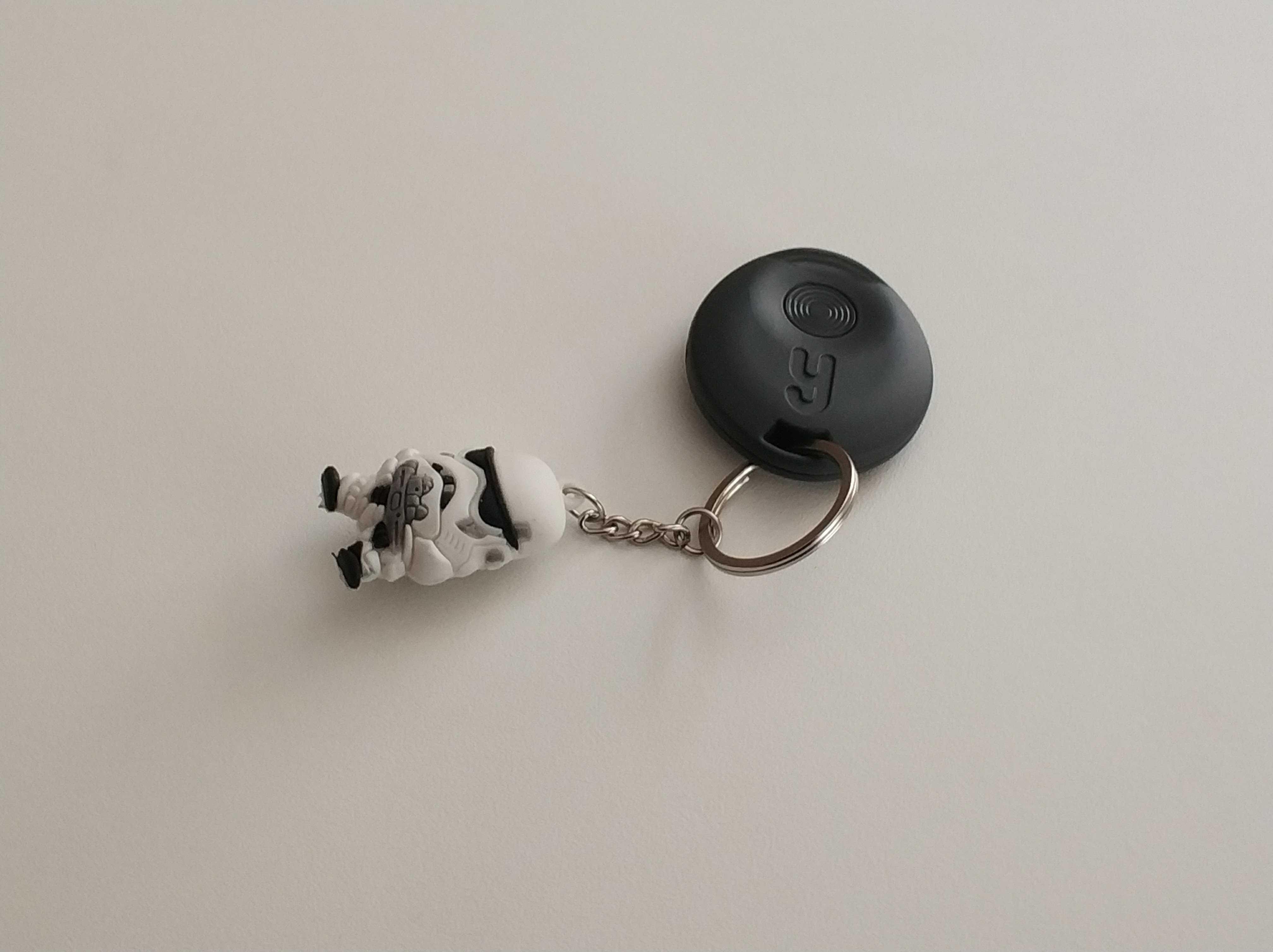 Yuzzit porte-clé connecté français