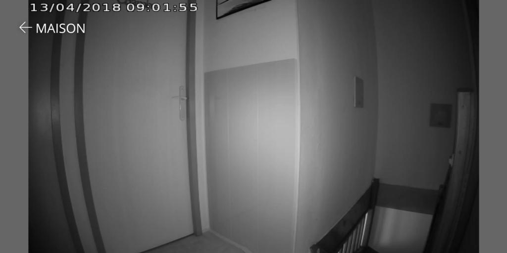 Vidéo nocturne caméra intérieur Kiwatch