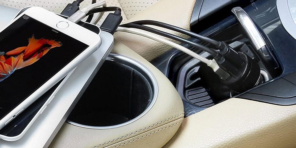 Utiliser un chargeur dans la voiture