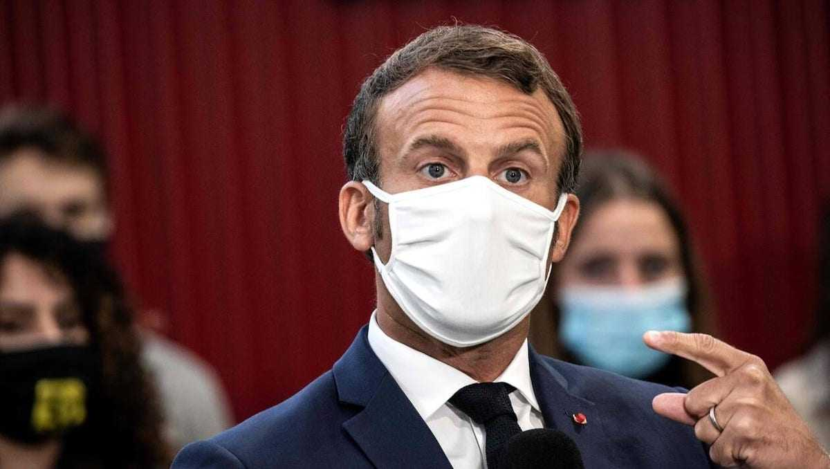 Face à l'évolution de la Covid-19, Emmanuel Macron mentionne deux scénarios possibles, que seraient-ils?