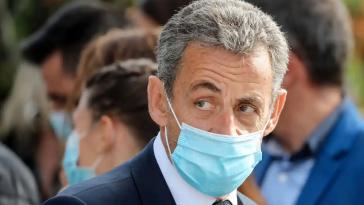 """Nicolas Sarkozy, épaulé par Carla Bruni, ses révèlation au JT de TF1 """"On me reproche des faits que je n'ai pas commis"""""""