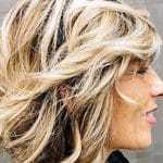 Des cheveux d'enfer après 40 ans. Les meilleurs conseils et astuces de visagistes pour rajeunir!