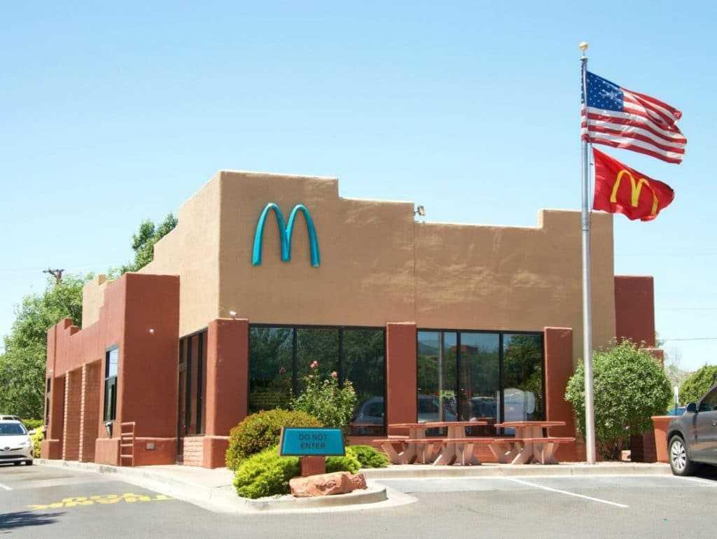 mcdonalds-enseigne-bleue-arizona