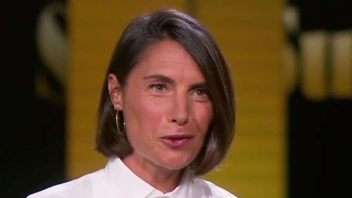 Alessandra Sublet : son « énorme » gaffe avec un acteur très célèbre pendant un dîner