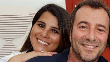 Bernard Montiel (TPMP) dézingue Karine Ferri avec une extrême violence !