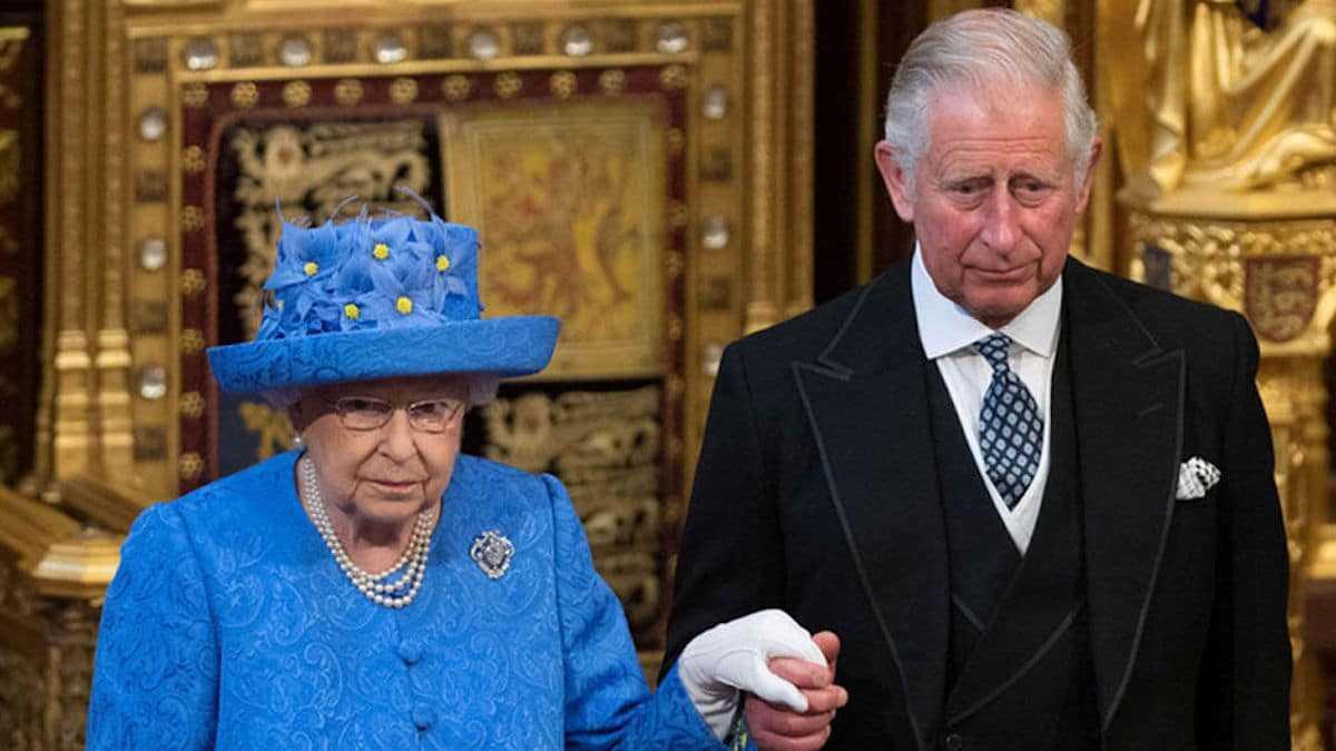 Elizabeth II furieuse contre le prince Charles: Ce comportement qu'elle ne digère vraiment pas!