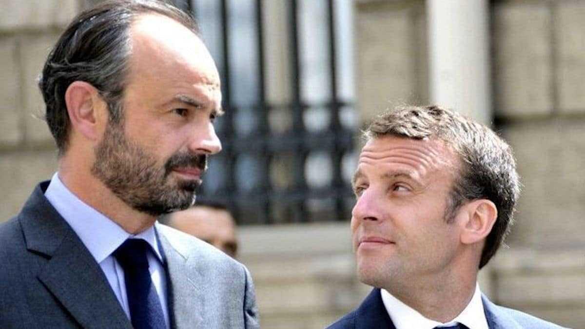 """""""Un kilo par mois"""" : Emmanuel Macron révèle au public l'addiction à peine croyable d'Edouard Philippe !"""