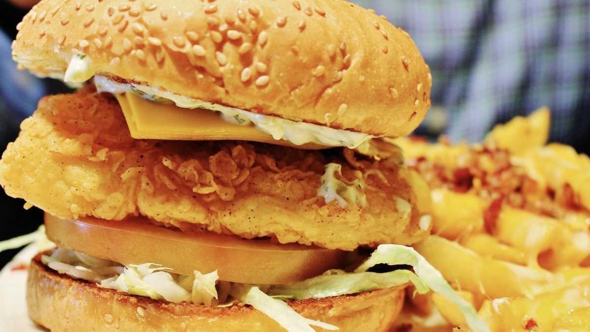 McDonald's : des salariés dévoilent quel est le pire burger à ne surtout pas manger !
