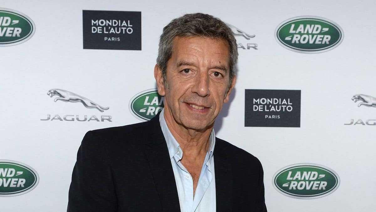 """Michel Cymes dévoile ces stars qui le contactent pour avoir des """"passe-droits"""" : révélations scandaleuses !"""
