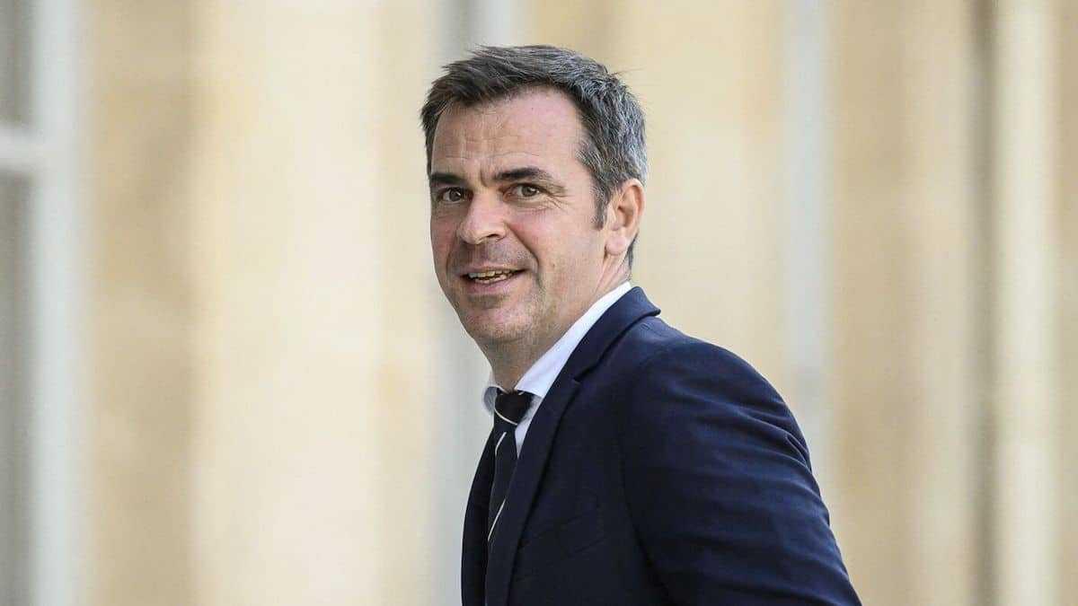 Vacances d'été : Olivier Véran contraint de respecter cette condition pour prendre ses congés