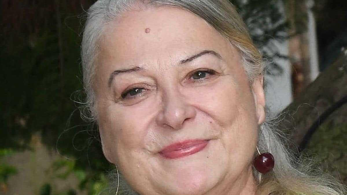 Jean-Marie Périer révèle un cliché de Josiane Balasko en soutien-gorge