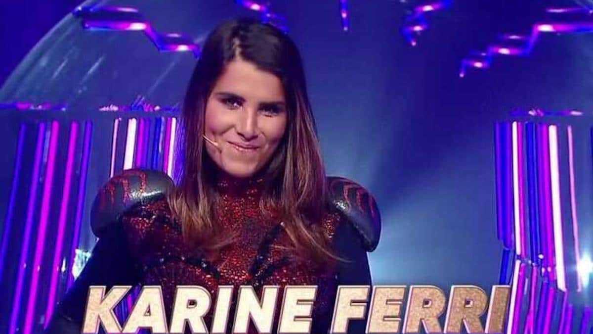 Karine Ferri : sublime en dentelle et décolleté XXL, M. Pokora sous le charme !