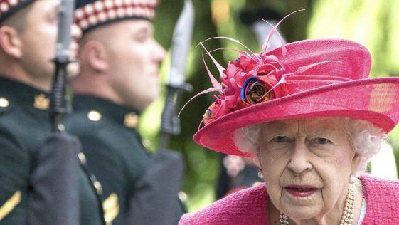 Scandale à Buckingham Palace, un garde royal arrêté après une agression sur 2 nouvelles recrues
