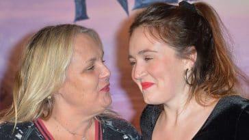 Valérie Damidot : Roxane, sa fille, fait tomber le haut et embrase totalement la Toile