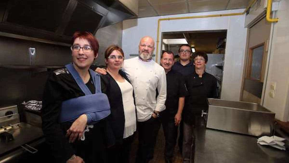 Cauchemar en cuisine : Philippe Etchebest arnaqué par des candidats ? La toile s'interroge…