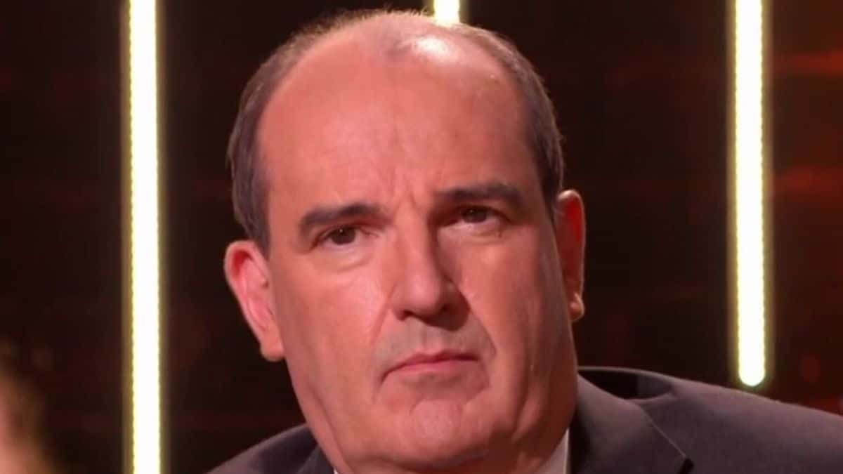 Jean Castex n'est « pas content » il tape du poing sur la table et lance un avertissement