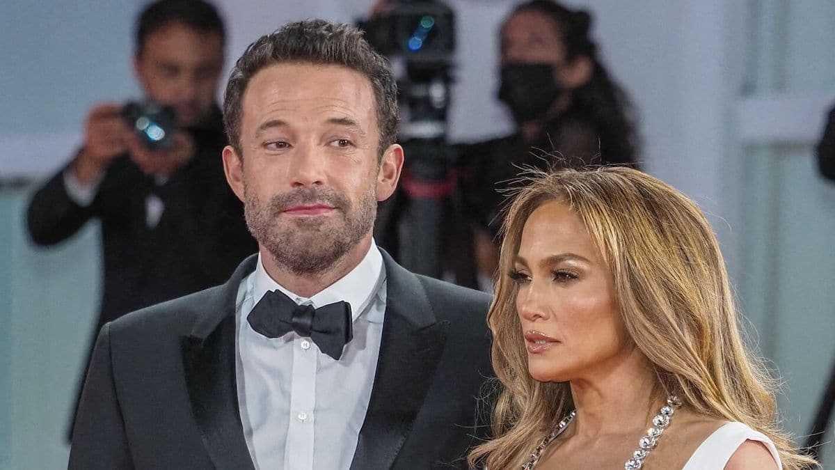 Jennifer Lopez prise à partie par un fan : Ben Affleck s'interpose pour protéger sa bien-aimée