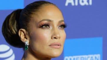 Jennifer Lopez, spectaculaire à 52 ans, elle révèle son corps parfait, sublime et incroyable !