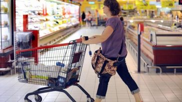 Leclerc, Auchan : attention, si vous avez acheté ces aliments, il faut les rapporter au plus vite en magasin, ils font l'objet d'un rappel urgent, des steaks hachés sont en cause