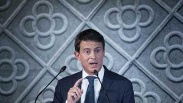 Manuel Valls chroniqueur chez BFMTV, découvrez son salaire très surprenant !