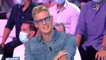 Matthieu Delormeau : Pourquoi le chroniqueur de TPMP porte-t-il des lunettes à verres teintés ?