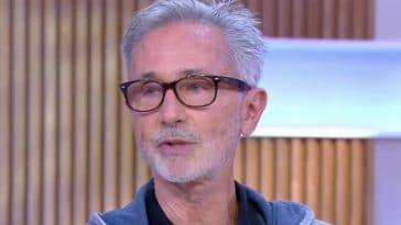 """Thierry Lhermitte révèle pourquoi il a """"beaucoup souffert"""" durant les tournages de Dîner de cons"""