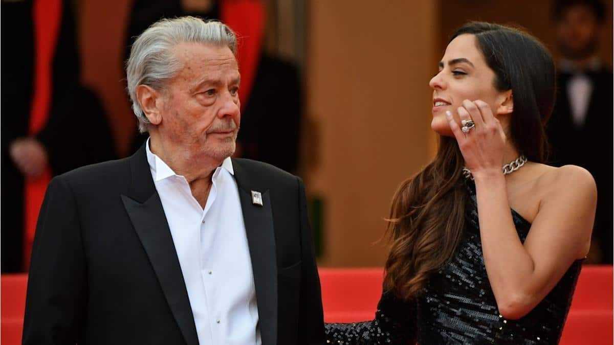 Alain Delon : sa fille d'Anouchka publie des clichés fracassants sur l'acteur !