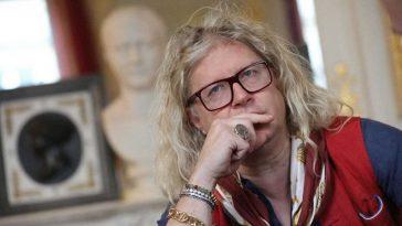 """""""C'est l'homme de ma vie"""": Pierre-Jean Chalençon : se confie sur sa relation avec un célèbre chanteur"""
