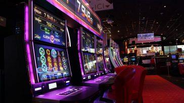 Cette femme gagne 14 600 euros au casino, la CAF lui demande de rembourser 10 000 euros