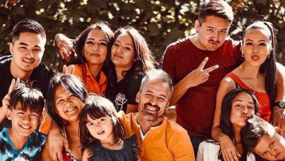 Familles nombreuses, la vie en XXL : La famille Gayat dévoile son salaire et crée un scandale sur la Toile
