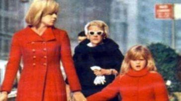 Johnny Hallyday : sa fille cachée sort du silence, la ressemblance !