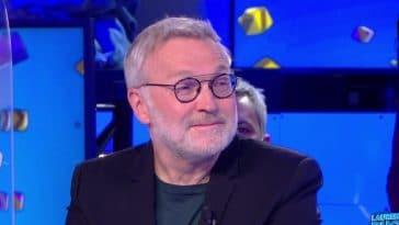 Laurent Ruquier en couple avec beau brun ? Cet ancien candidat de télé-réalité serait-il son compagnon ?