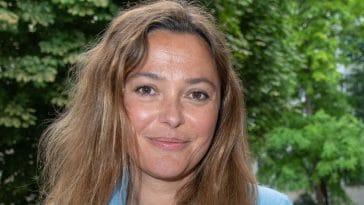 Sandrine Quétier, méconnaissable : elle change radicalement de look, ses fans la comparent à une star de la chanson française